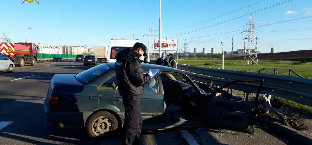 На МКАД столкнулись две легковушки – погибли два человека