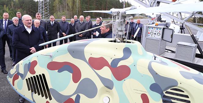 Лукашенко показали новейший беспилотный вертолет. Фотофакт