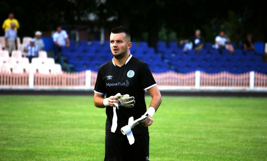 Тренер ФК «Барановичи» с пневмонией и подозрением на коронавирус рассказал, как его лечат и как он себя чувствует