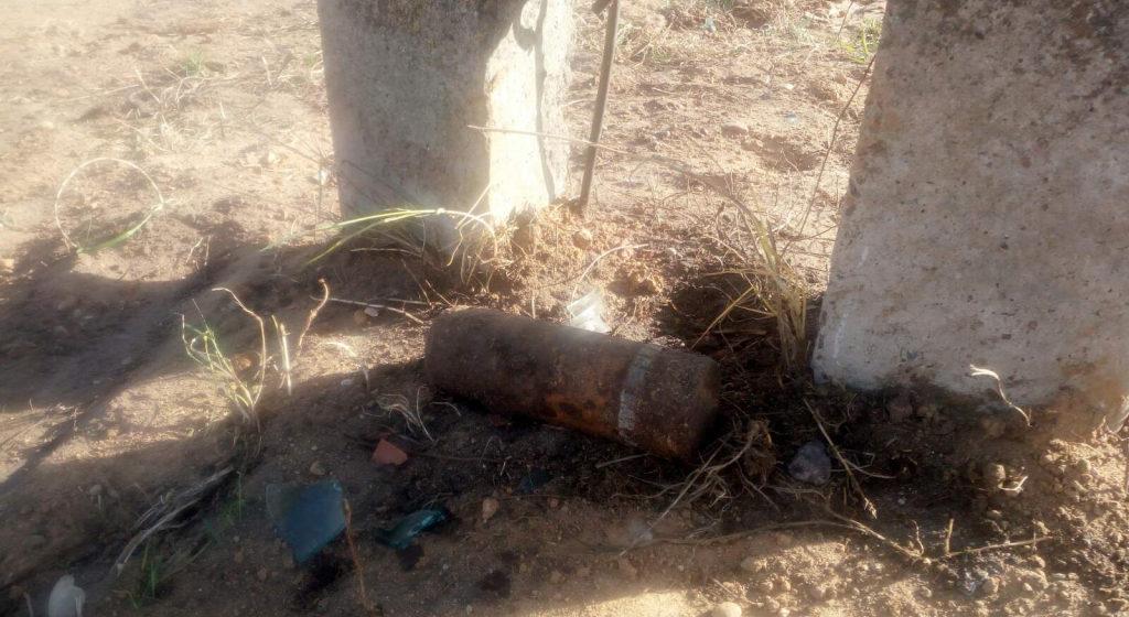 В Барановичском районе во время дорожных работ нашли артиллерийский снаряд