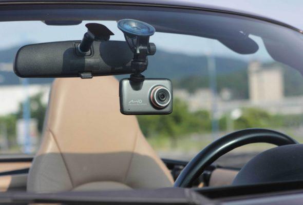 Как выбрать видеорегистратор для автомобиля — советы и отзывы автолюбителей