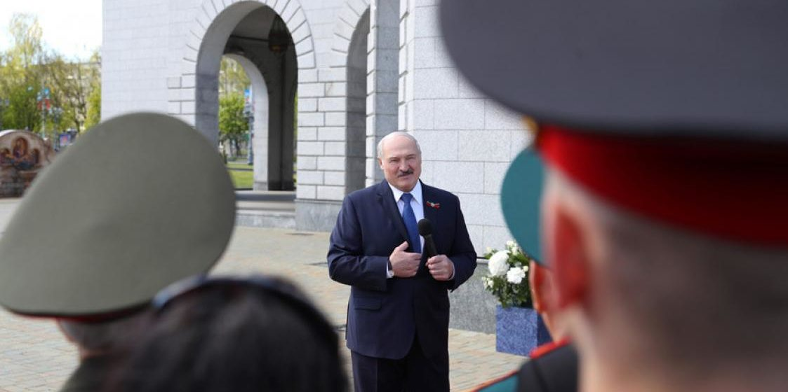 Как в Кремле отреагировали на слова Лукашенко о том, что он переболел коронавирусом