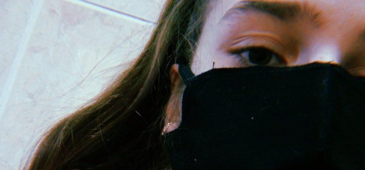 Барановичская девочка, которая лежала в одной палате с носителем COVID-19, снова попала в больницу