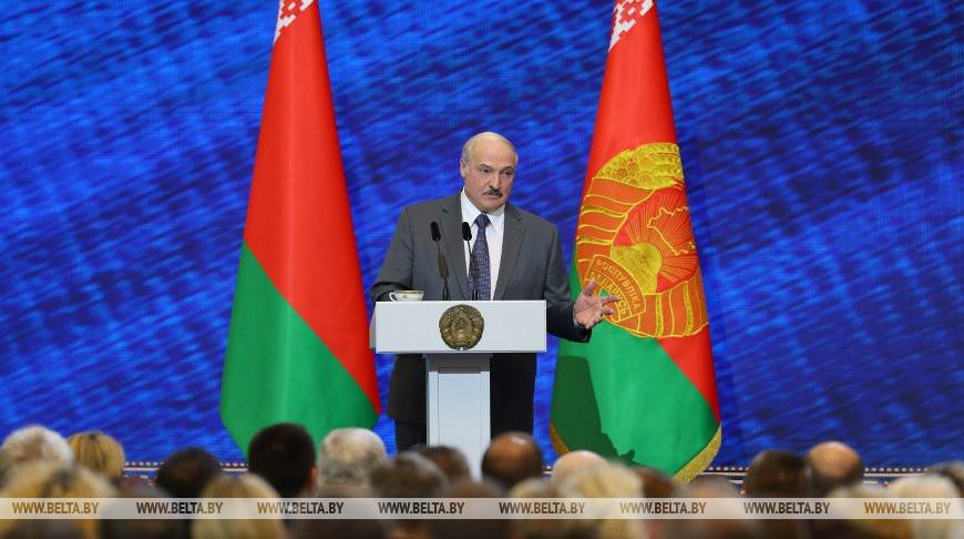 Лукашенко поручил к следующей вступительной кампании разработать новые правила поступления в вузы