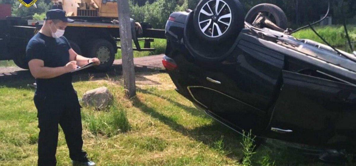 Из водоема в Бобруйском районе извлекли машину с телами четырех мужчин. Среди них были силовики