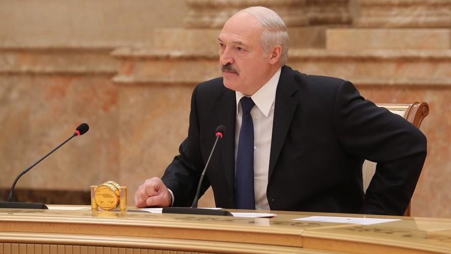 Лукашенко: «Забыли, как Каримов подавил путч, расстреляв тысячи человек?»