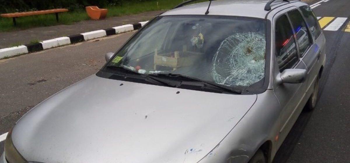Легковушка сбила пешехода с велосипедом в Барановичском районе