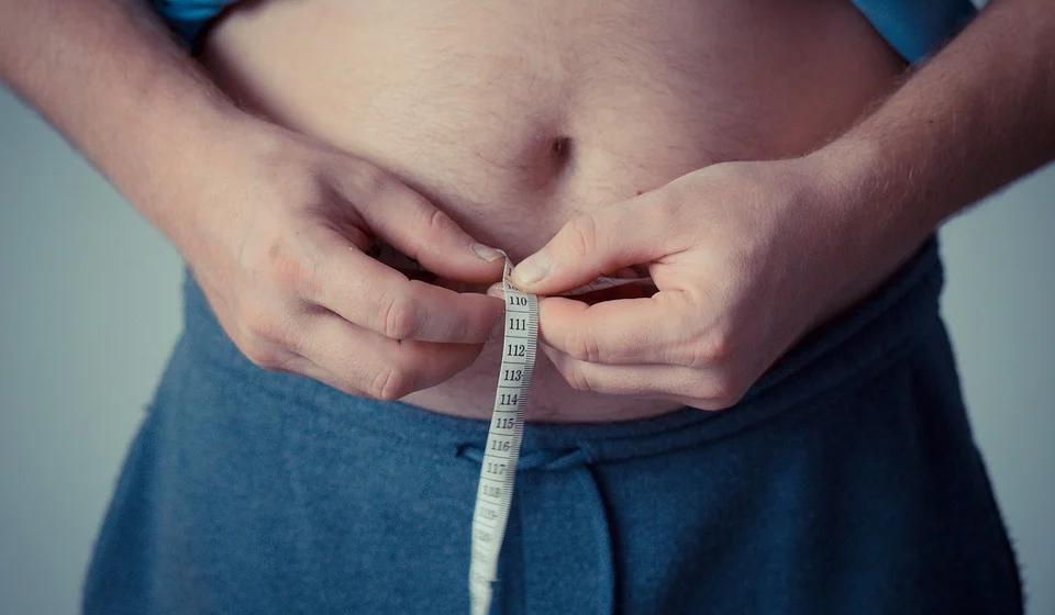 Медики рассказали, как сжечь жир, не занимаясь спортом