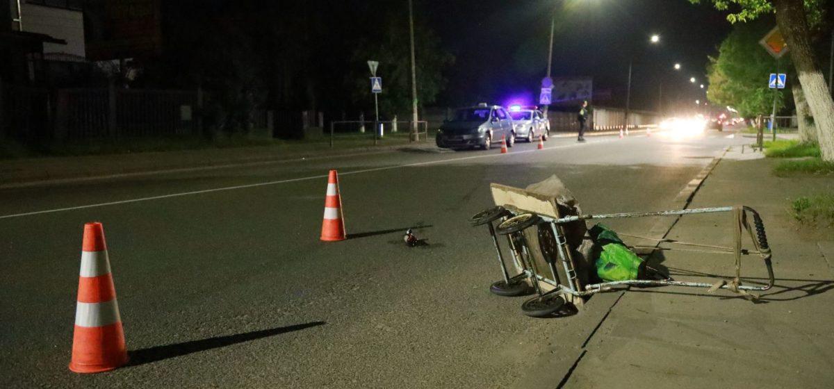 В Барановичах автомобиль такси сбил мужчину