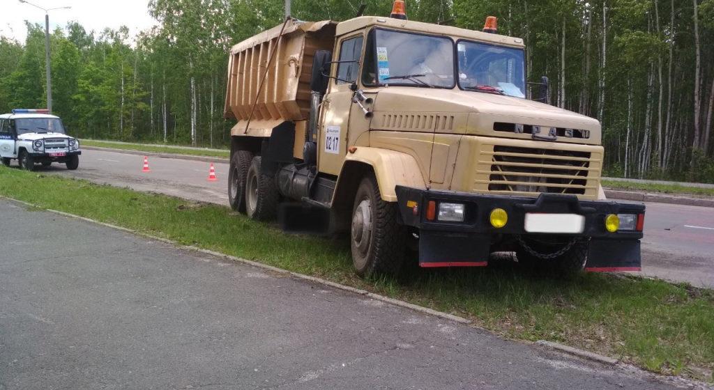 В Гомеле грузовик покатился и задавил своего водителя