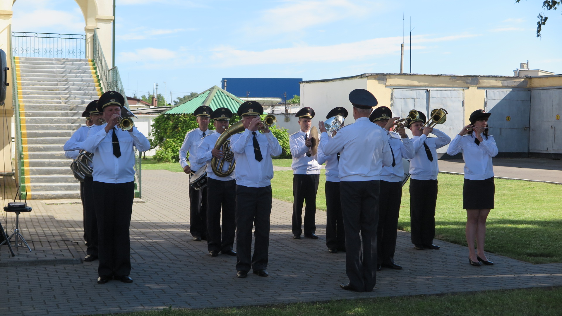 Оркестр военной части 7404 на присяге. Фото: Диана КОСЯКИНА