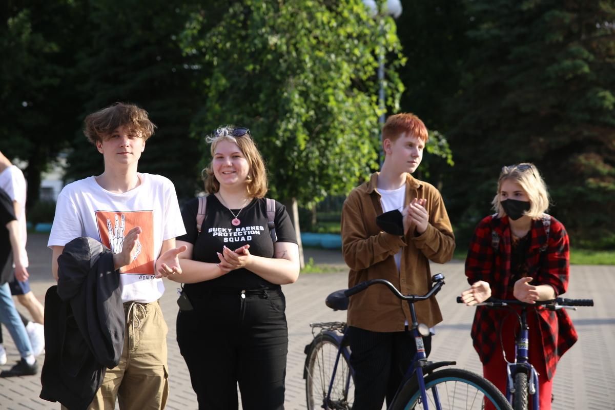 Цепь солидарности с задержанными в Барановичах. Фото: Диана КОСЯКИНА