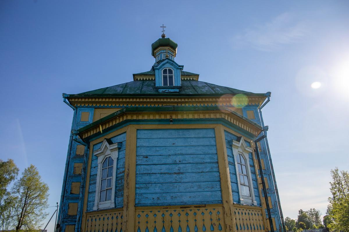 Крестовоздвиженская церковь. Фото: Андрей БОЛКО