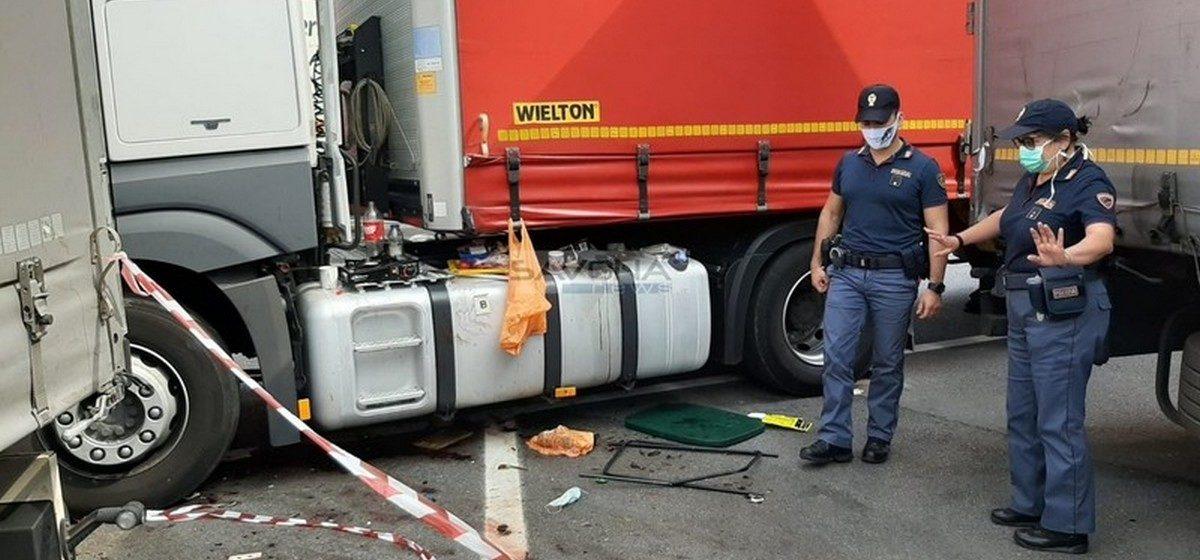 Поляка-дальнобойщика зарезали на стоянке в Италии. Задержаны два белорусских водителя и поляк