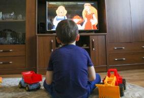 «Ну, погоди!» или «Фиксики»? Как влияют мультфильмы на детей и чем отличается анимация СССР от современной, пояснил психолог
