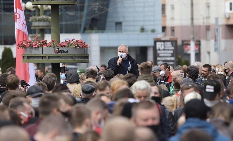 Николая Статкевича осудили на 15 суток