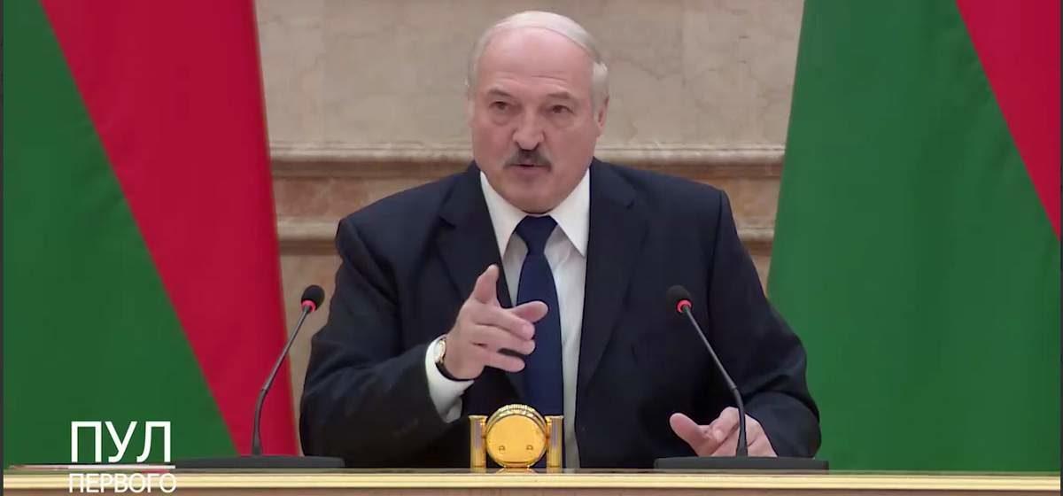 Лукашенко журналистам: «Да, возможно, я немного пересидел»