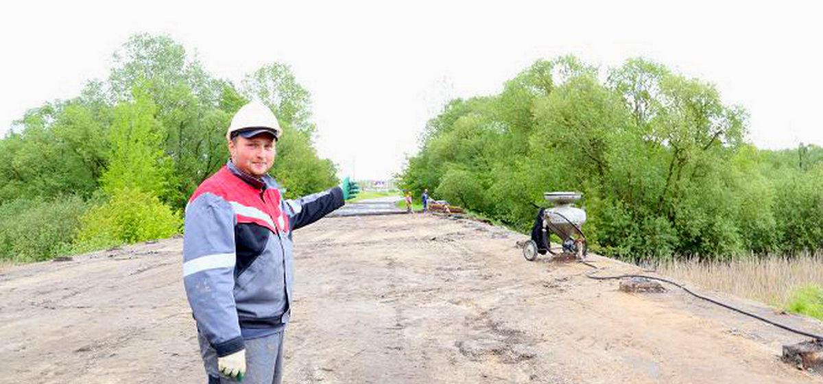 Как идет ремонт закрытого 29 мая моста через Щару в Дарево