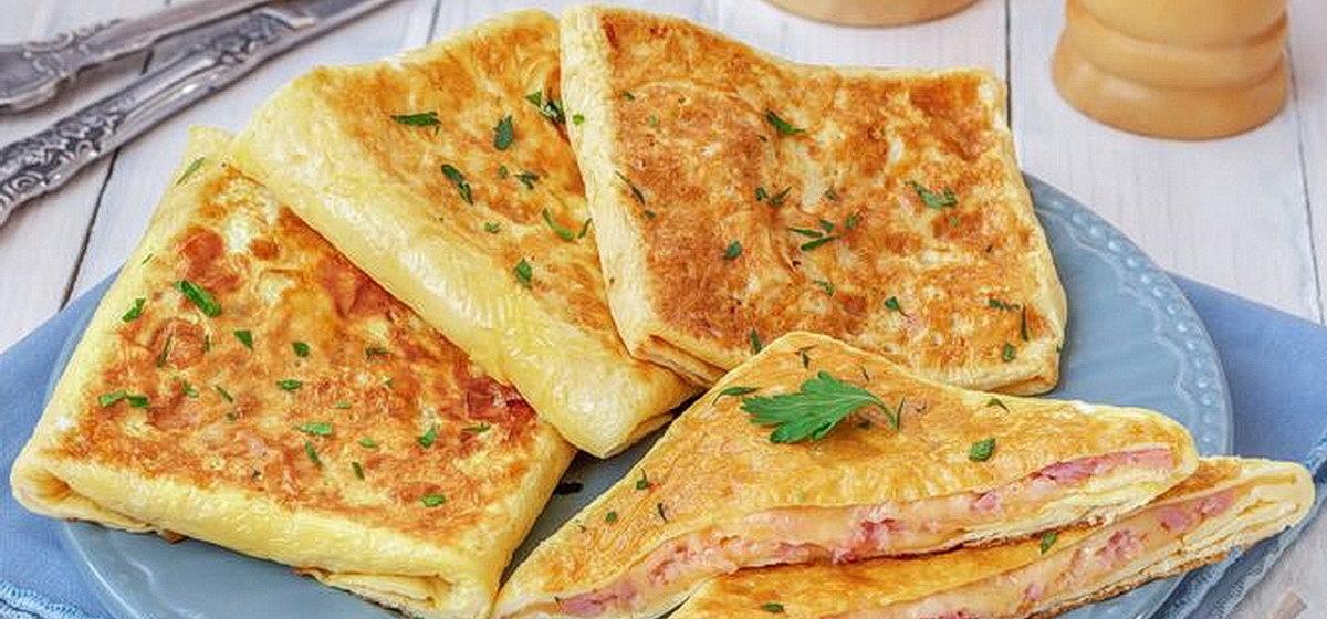Вкусно и просто. Яичные конвертики с сыром и ветчиной