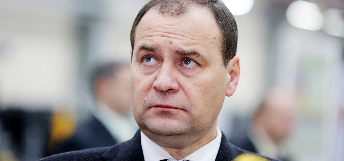 «Завинтить гайки, усилить контроль». Зачем в Беларуси обновили правительство?