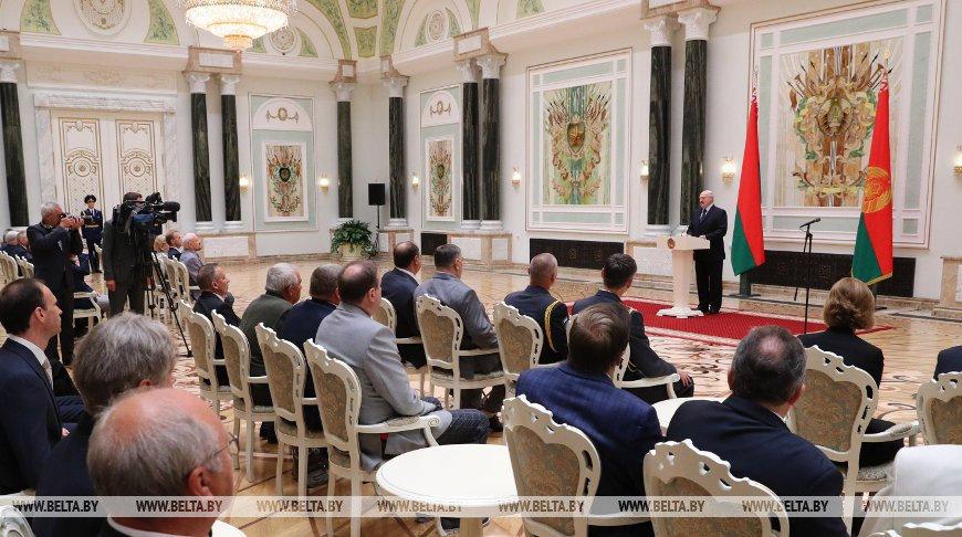 Лукашенко о коронавирусе: Сегодня можно сказать — мы победили