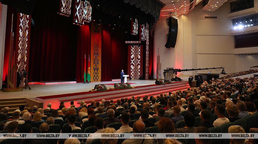 Лукашенко: «К своей независимости белорусы шли более тысячи лет»
