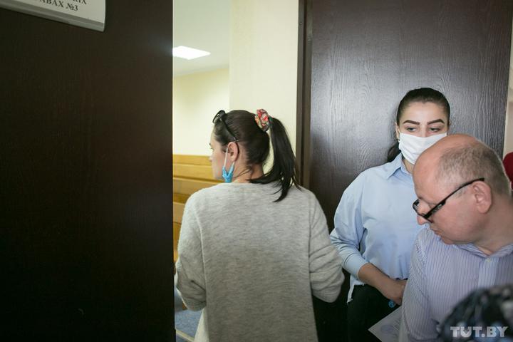Суд закрыл заседание по жалобе Тихановского о помещении в карцер. Стало известно, за что он там оказался
