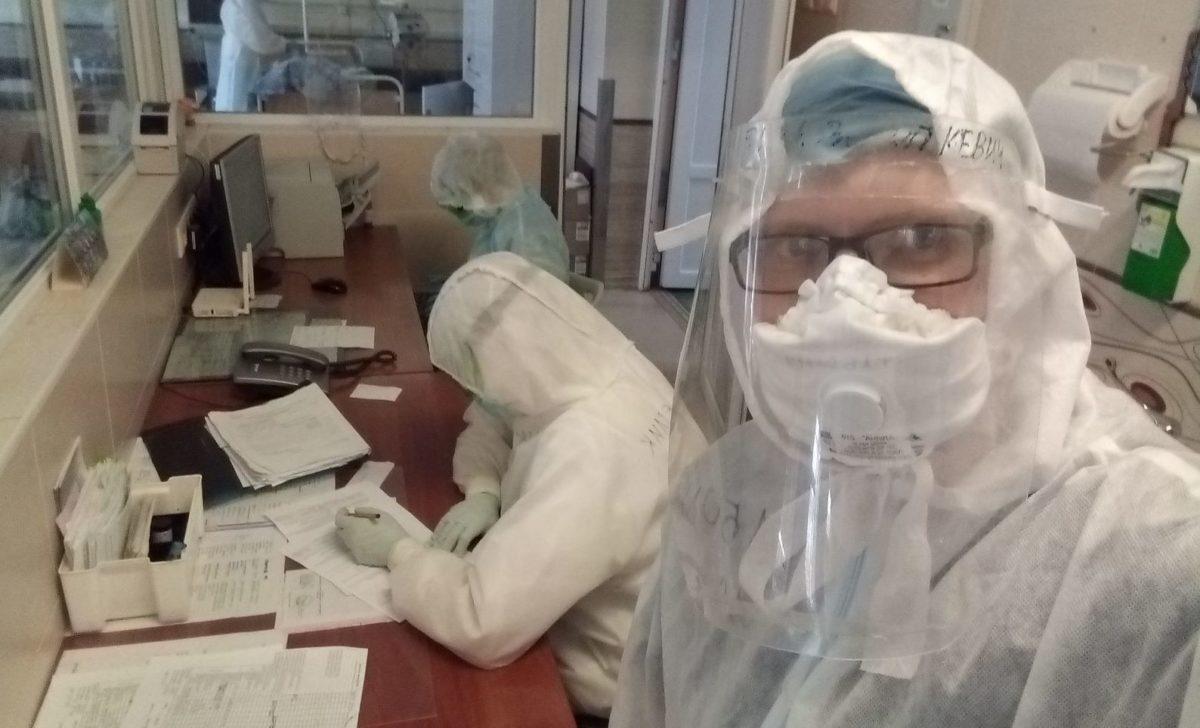 Игорь Таболич родом из Речицы, окончил медицинский университет в Минске, работал в медицинской роте в военной части в Марьиной Горке, с сентября 2019 года – в 1-й клинической больнице Минска. Фото: архив Игоря ТАБОЛИЧА