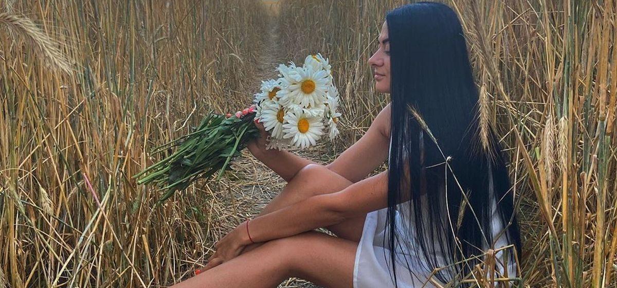 С камерой во ржи. Как жители Барановичей фотографируются в полях – подборка из Instagram