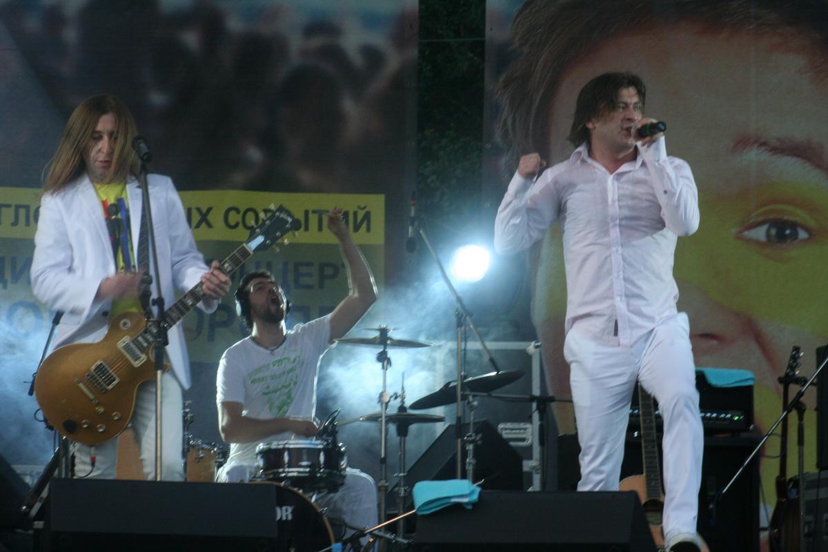 Выступление группы «Би-2» в 2008 году. Фото: Intex-press