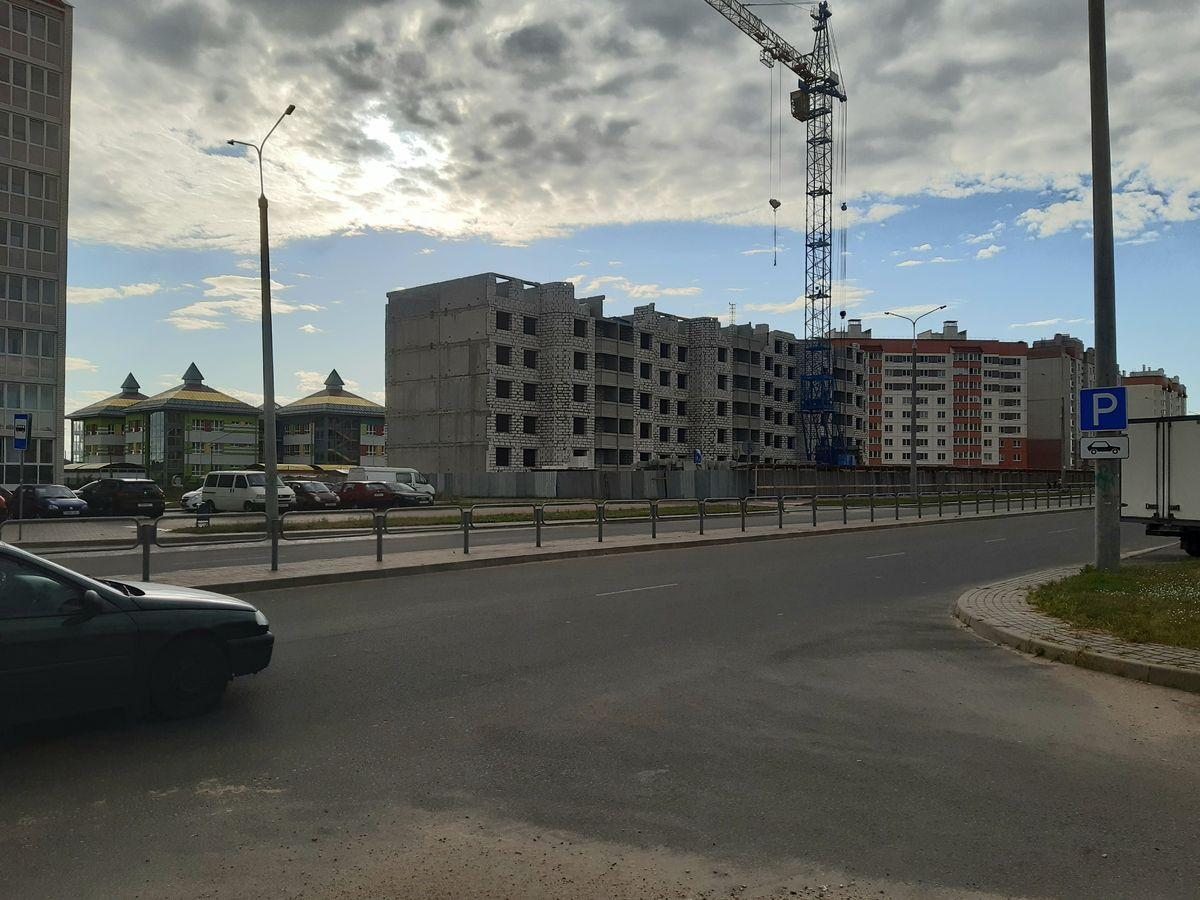 Строящийся дом в Боровках. Фото: Елена ЗЕЛЕНКО