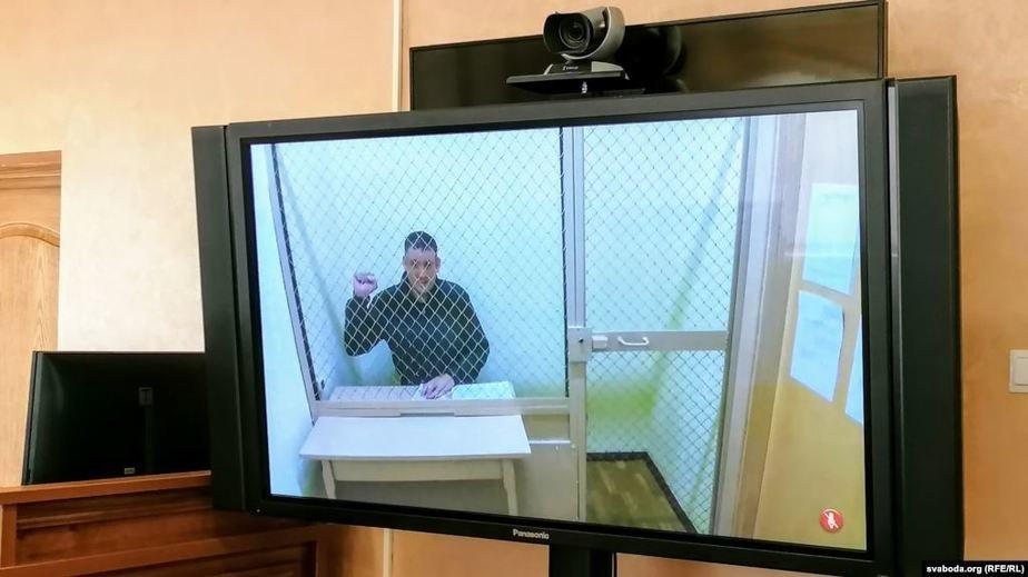 В Гродно начался административный процесс над блогером Сергеем Тихановским