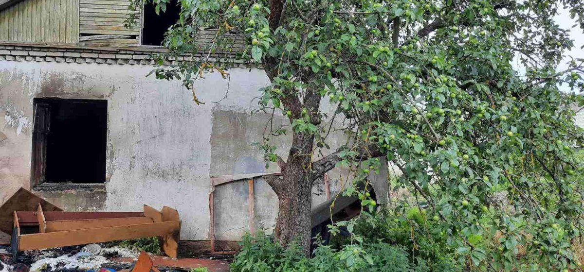 В Барановичах горел дом. Фото