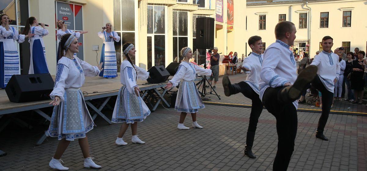 Музыкальный выходной, митинг Тихановской, выставка восковых фигур. Куда пойти 31 июля, 1 и 2 августа в Барановичах?
