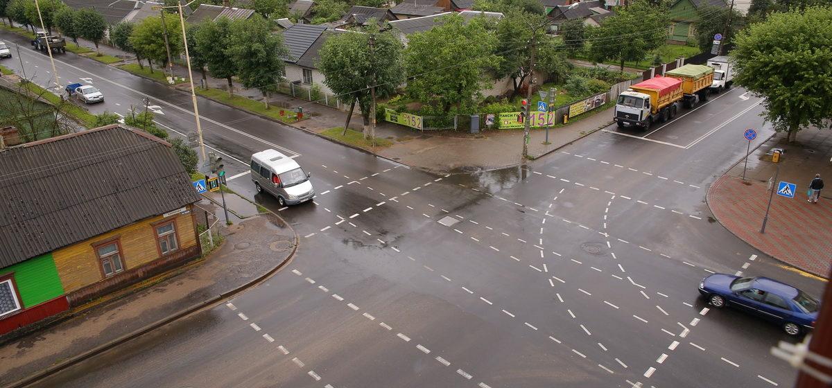 В центре Барановичей перекроют перекресток. Как поедут городские автобусы?