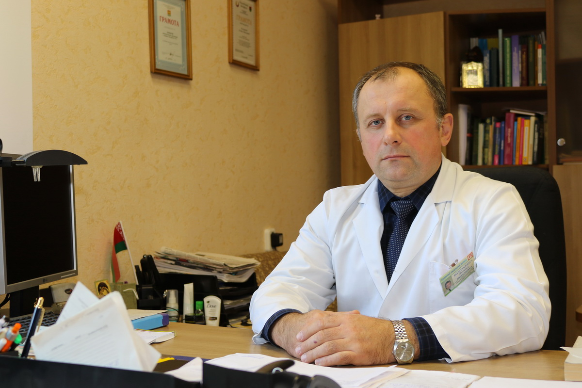 еонида Володкевича, в 2019 году в Барановичском регионе выявили 102 случая заболевания раком легкого. Только у 28,4% пациентов новообразование обнаружили на ранних стадиях.  Фото: Александр ЧЕРНЫЙ