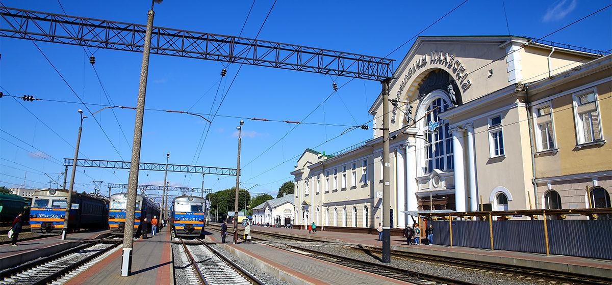 О готовящихся взрывах на железной дороге сообщил житель Барановичского района