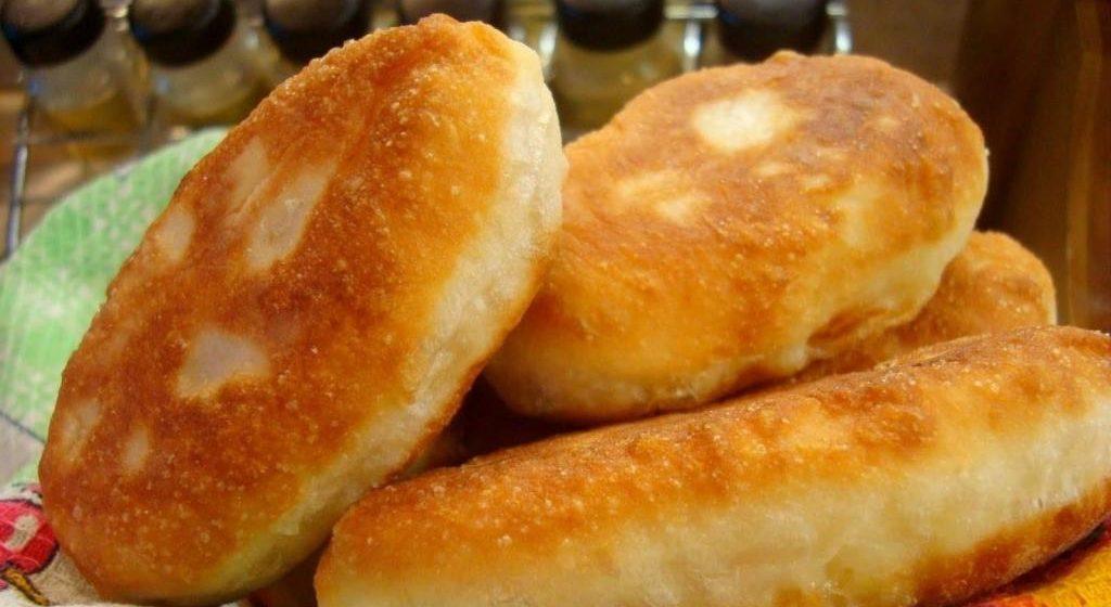 Вкусно и просто. Пышные сырные лепешки