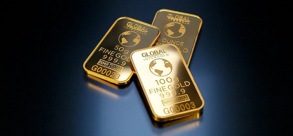100 серебряных и 10 золотых слитков разыграет премия «Народная марка» среди тех, кто заполнит их анкету