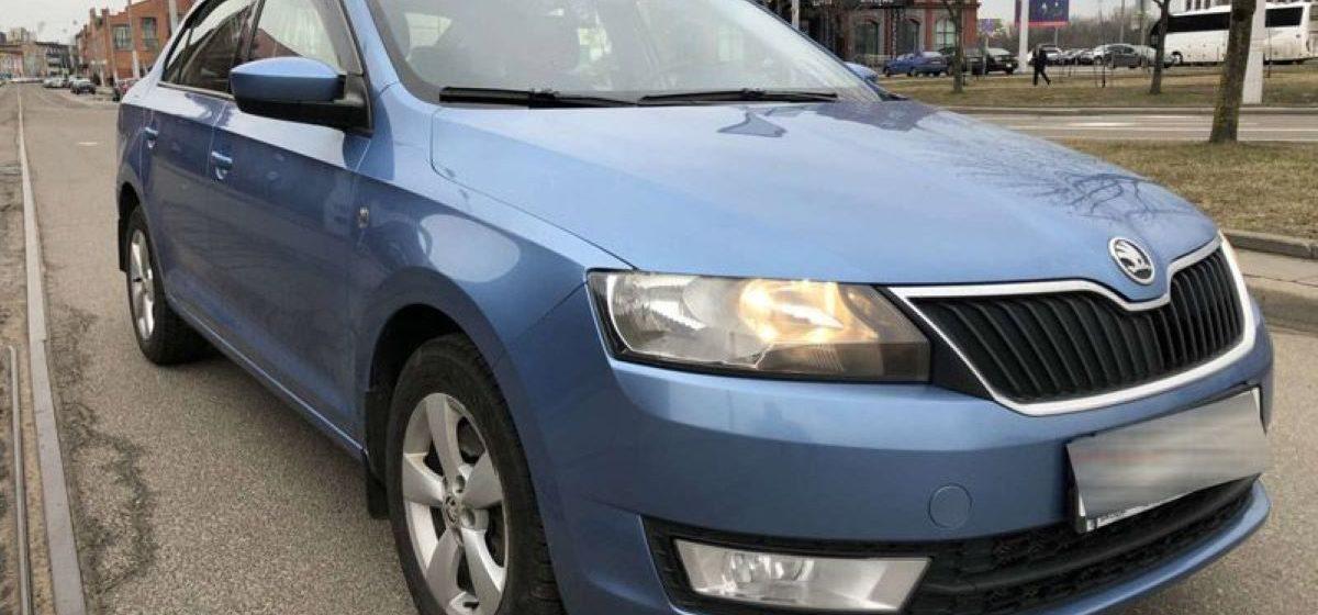 Skoda Rapid всего за $1000. Как в Беларуси мошенники покупают машины в «рассрочку» и исчезают
