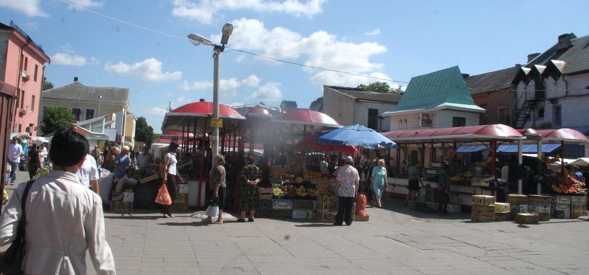 «В очереди за кетчупом украли кошелек». Мини-рынок «Пятачок»: каким был и чем запомнился жителям Барановичей