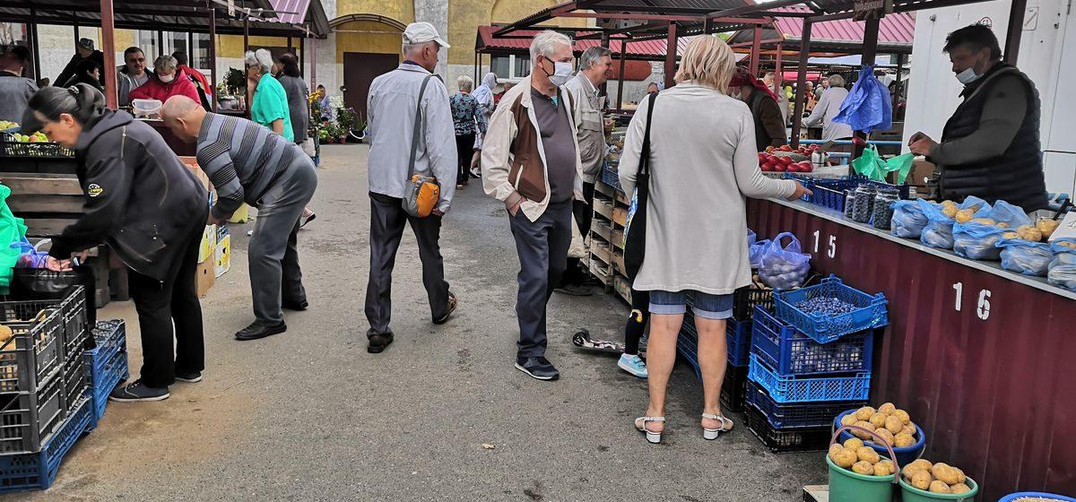 Что почем. На барановичском рынке подешевели картошка и огурцы, появились грейпфрут и мандарины