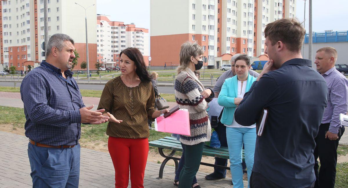Встреча жителей микрорайона Боровки с представителями торговой сети