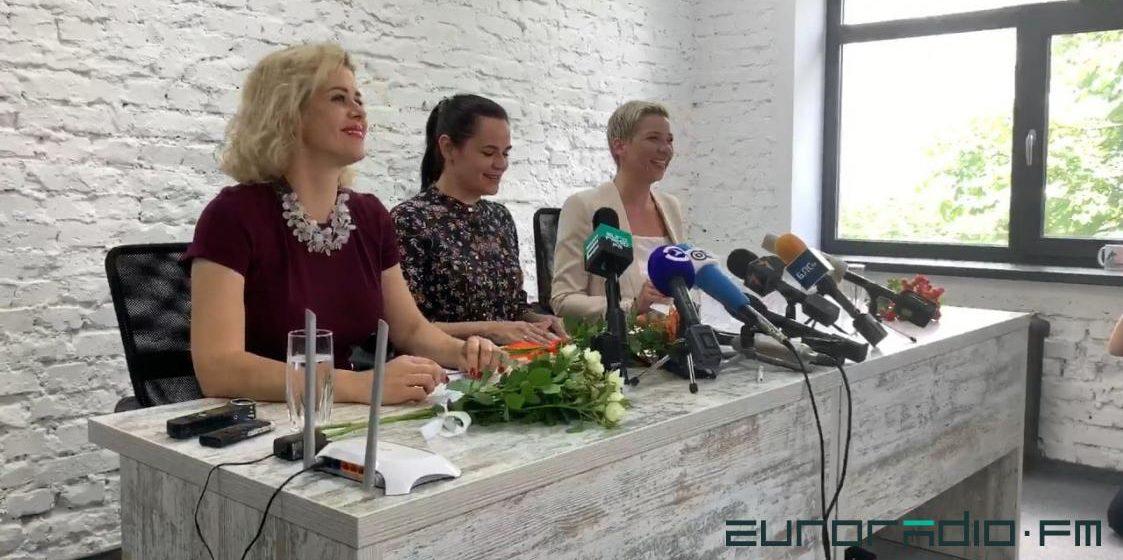 Ермошина прокомментировала объединение Тихановской со штабами Бабарико и Цепкало и рассказала, можно ли фотографировать бюллетени