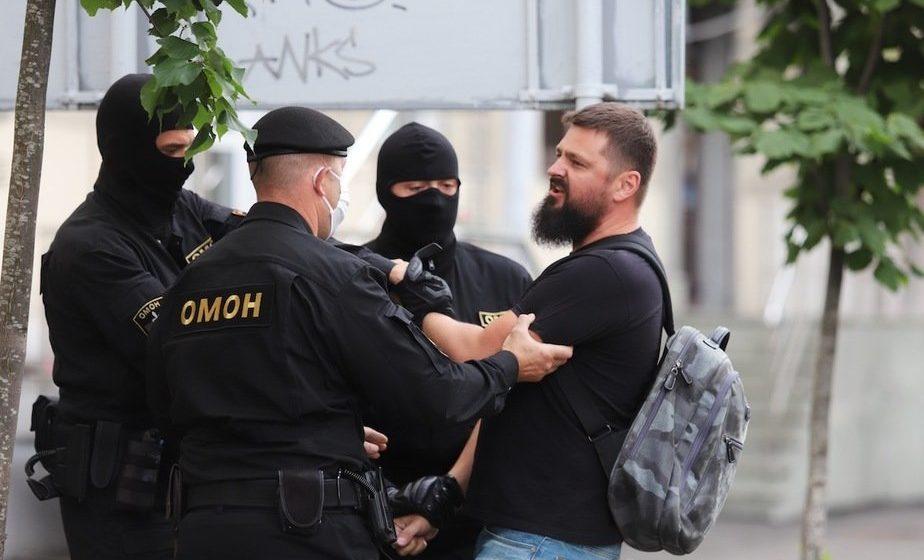 В Минске среди задержанных во время протестов оказался гражданин США. В дело немедленно вмешалось американское посольство