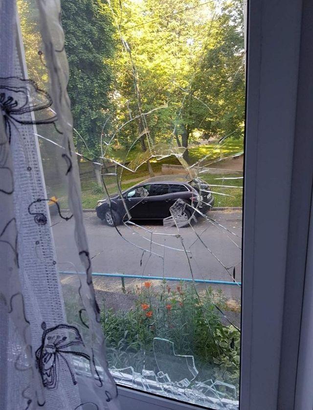 Воры проникли в квартиру, разбив стекло. Фото из личного архива героини