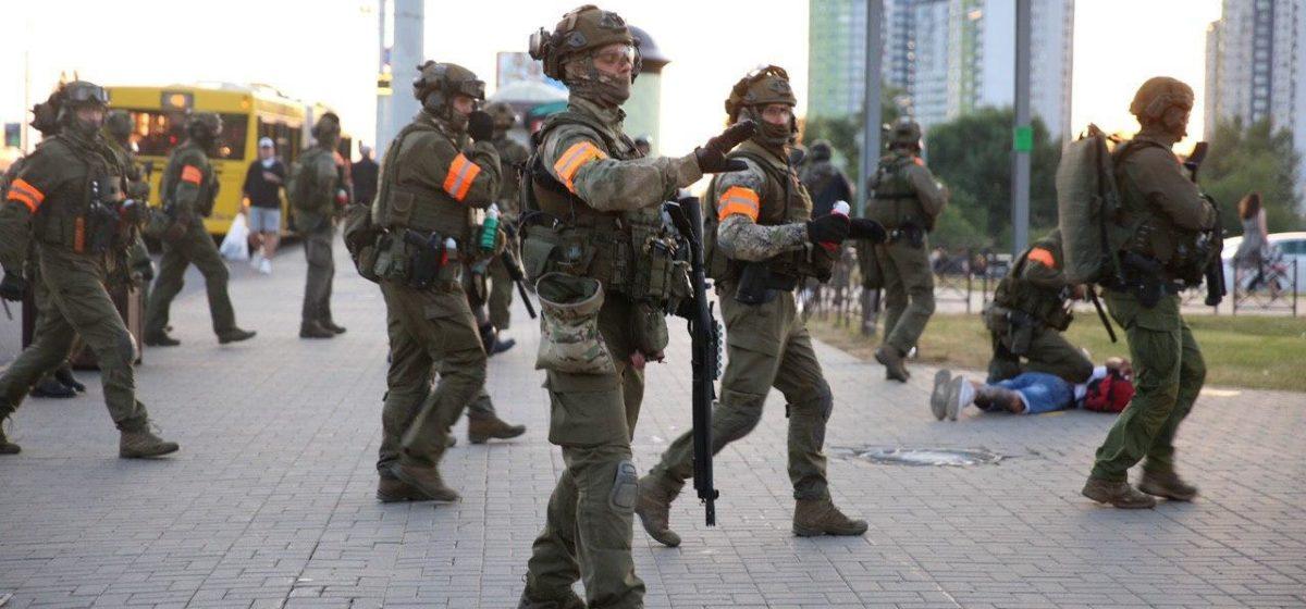 Неизвестные вооруженные люди заблокировали офис «Яндекса» в Минске