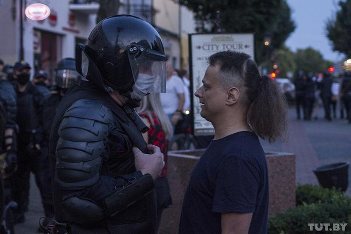 Что происходило в третью ночь протестов в Беларуси
