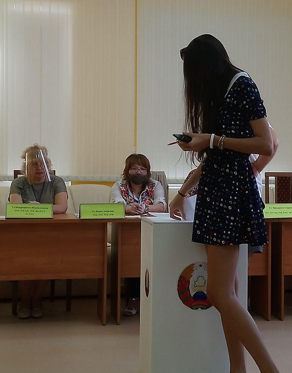 «За 26 лет одна каша надоела». Как Барановичи выбирают президента