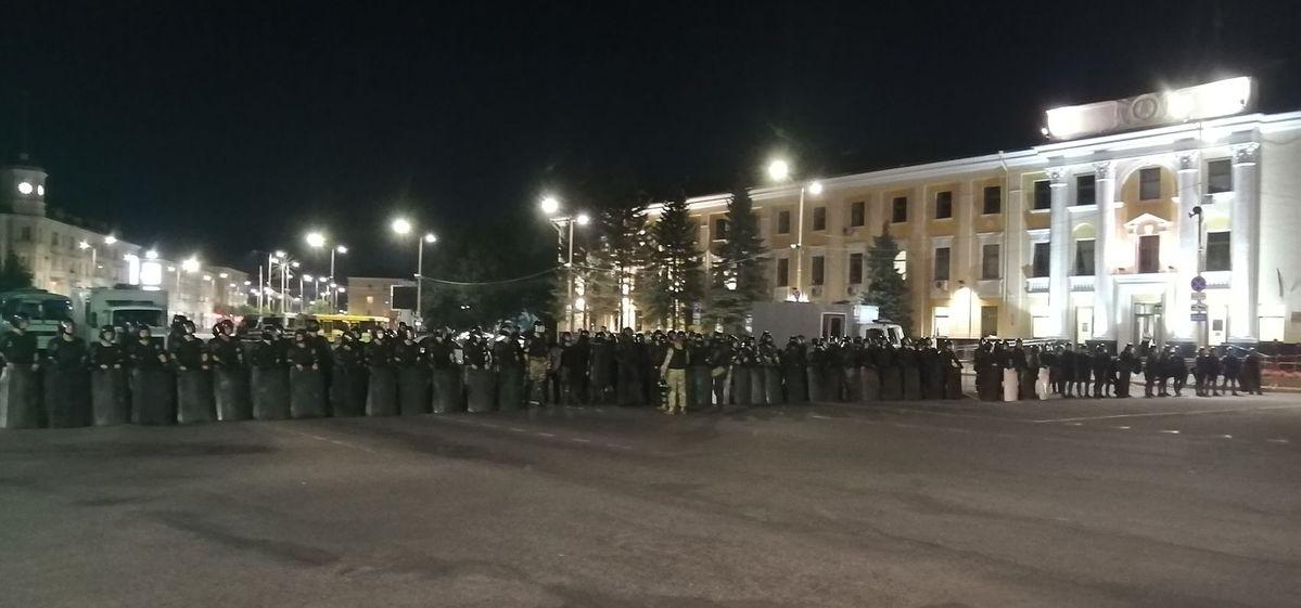 Площадь Ленина в Барановичах, 9 августа 2020 года. Фото: Intex-press